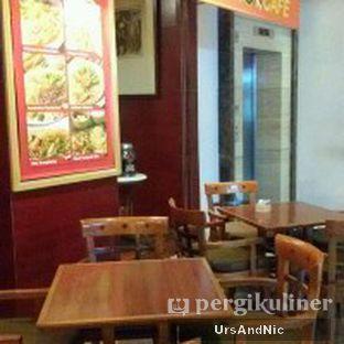 Foto 9 - Interior di Tator Cafe oleh UrsAndNic