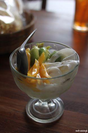 Foto 9 - Makanan di Kedai Soto Ibu Rahayu oleh Kevin Leonardi @makancengli