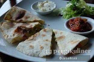Foto 1 - Makanan di Grand Garden Cafe & Resto oleh Darsehsri Handayani