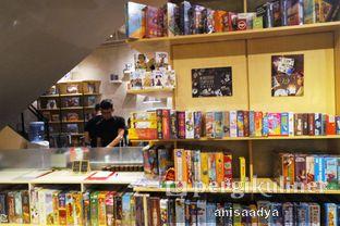 Foto 9 - Interior di The Bunker Cafe oleh Anisa Adya