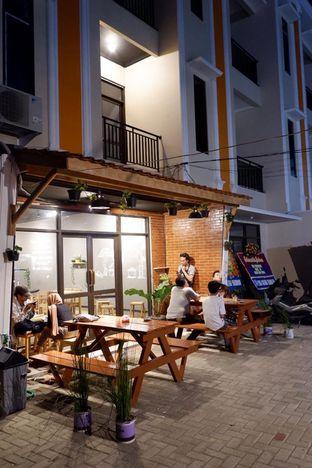Foto 25 - Eksterior di Uncle Jo Coffee Shop oleh yudistira ishak abrar