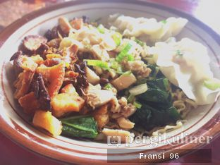 Foto 6 - Makanan di Bakmi Hau Hau oleh Fransiscus