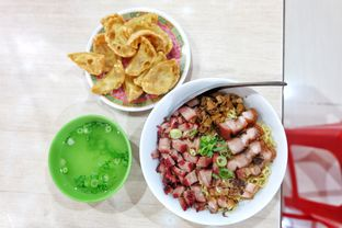 Foto 1 - Makanan di Bubur & Bakmi Boy oleh Yuli || IG: @franzeskayuli