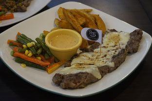Foto 17 - Makanan di RAY'S Steak & Grill oleh yudistira ishak abrar