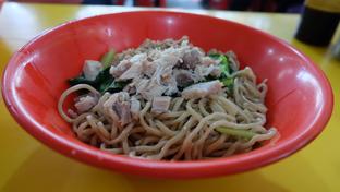 Foto 3 - Makanan(Bakmi Karet Jumbo) di Bakmi Karet Foek oleh Yummyfoodsid