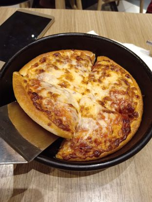 Foto review Pizza Hut oleh Jocelin Muliawan 4