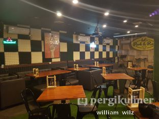 Foto 6 - Interior di Oh! My Pork oleh William Wilz