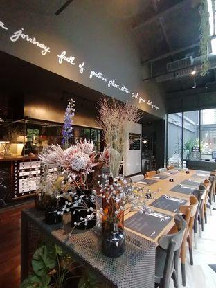 Foto review Greyhound Cafe oleh Lili Alexandra 2