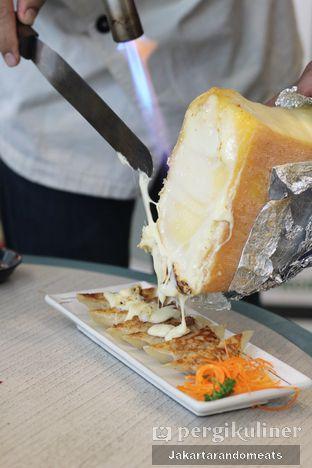 Foto 14 - Makanan di Gyoza Bar oleh Jakartarandomeats