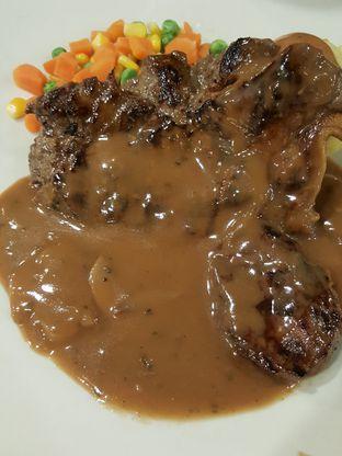 Foto 9 - Makanan di Joni Steak oleh Stallone Tjia (@Stallonation)