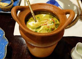 Restoran di Jakarta dengan Menu Green Curry yang Harus Segera Kamu Coba