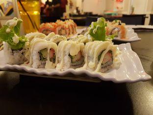Foto 1 - Makanan(California) di Sushi Ya oleh Zena