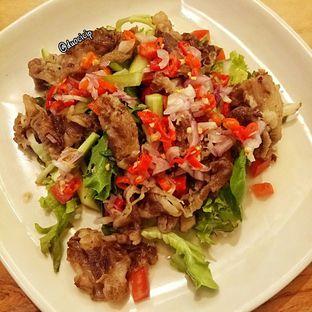 Foto 1 - Makanan(Salad ala Thai) di Cafe MKK oleh felita [@duocicip]