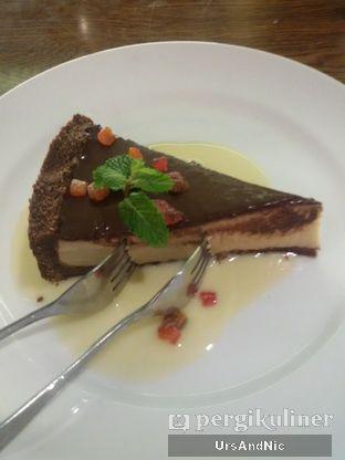 Foto 8 - Makanan(Black Russian Pie) di Bebek Bengil oleh UrsAndNic