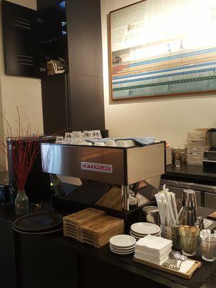 Foto 9 - Interior di 1/15 One Fifteenth Coffee oleh Stallone Tjia (@Stallonation)