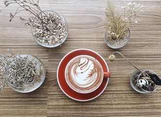 16 Cafe di Tangerang, Pilihan Tempat Nongkrong Bareng Teman-Teman Kamu