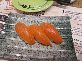 Foto 3 - Makanan di Itacho Sushi oleh Rosalina Rosalina