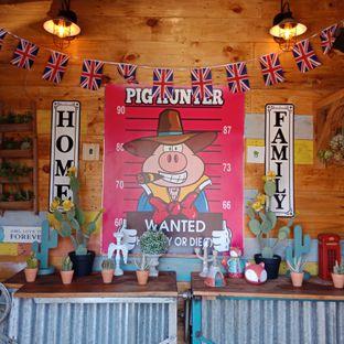 Foto 6 - Interior di Pig Hunter oleh Fensi Safan