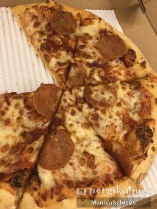 Foto review Domino's Pizza oleh Monica Sales 1