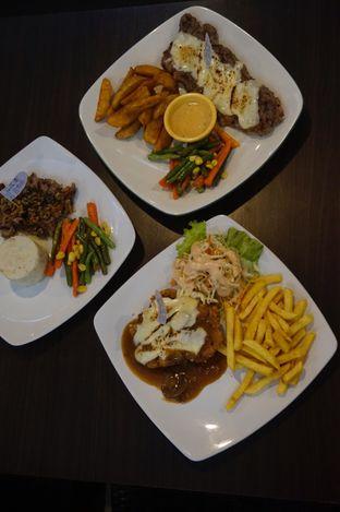 Foto 21 - Makanan di RAY'S Steak & Grill oleh yudistira ishak abrar