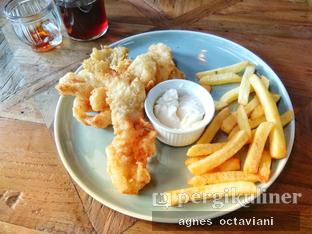 Foto 1 - Makanan(Old School Fish & Chips) di Canabeans oleh Agnes Octaviani