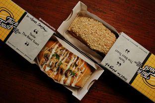 Foto 2 - Makanan di Thick Toast oleh GoodDay