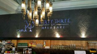 Foto 2 - Interior di Thirty Three by Mirasari oleh YSfoodspottings