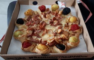 Foto - Makanan di Pizza Hut Delivery (PHD) oleh Eat Drink Enjoy