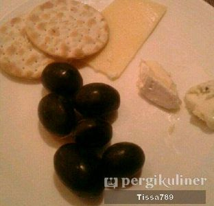 Foto 6 - Makanan di The Cafe - Hotel Mulia oleh Tissa Kemala