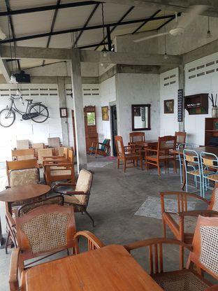 Foto 3 - Interior di Imah Nini Cafe & Galery oleh Andry Tse (@maemteruz)