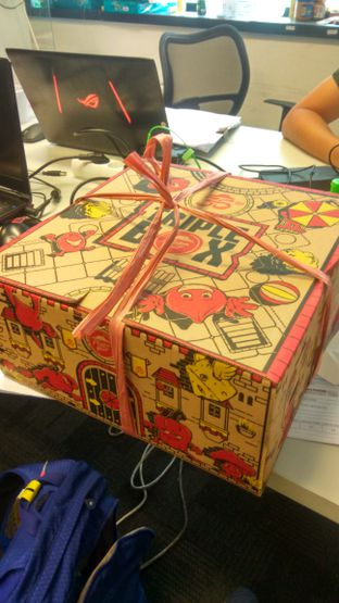 Foto 3 - Makanan(Triple Box (IDR 260k)) di Pizza Hut Delivery (PHD) oleh Renodaneswara @caesarinodswr