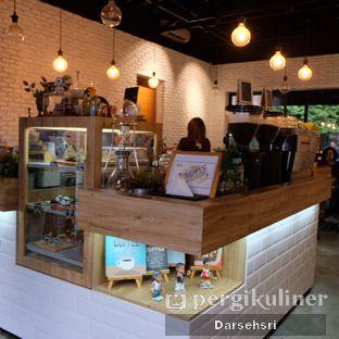 Foto 8 - Interior di Kaffeine Kline oleh Darsehsri Handayani