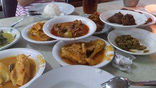 Foto 2 - Makanan(yummy!) di Rumah Makan Padang Raya II oleh Eliza Saliman