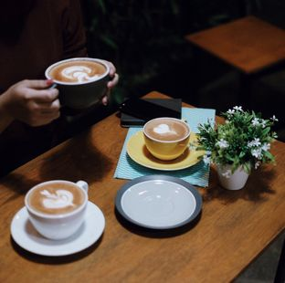 Foto 2 - Makanan di Ruang Tunggu oleh Della Ayu