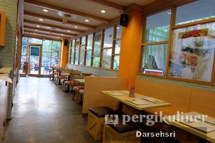 Foto 8 - Interior di Sunny Side Up oleh Darsehsri Handayani