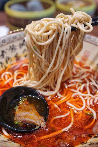 Foto 2 - Makanan(Lamian pedas) di Paradise Dynasty oleh Stellachubby