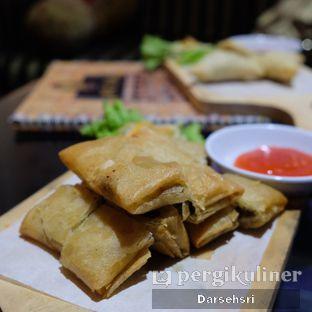Foto 6 - Makanan di Mid East Restaurant oleh Darsehsri Handayani