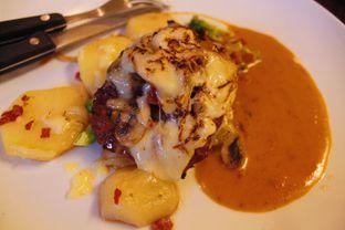 Foto 2 - Makanan(Beef Folliestier Steak) di ETC (Etcetera) oleh Novita Purnamasari