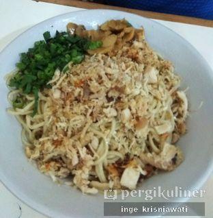Foto 2 - Makanan(Mie Ayam Jamur) di Mie Lezat Khas Bandung oleh Inge Inge
