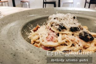 Foto 2 - Makanan(Pork Linguine Toss) di Toby's Estate oleh Melody Utomo Putri