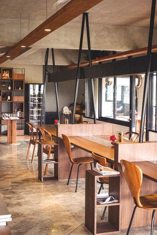 Foto 5 - Interior di The Upside oleh Indra Mulia