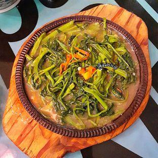 Foto 2 - Makanan(Teppan kangkung terasi) di Fook Yew oleh felita [@duocicip]