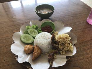 Foto 2 - Makanan di Ayam Tulang Lunak Keratonan oleh Oswin Liandow