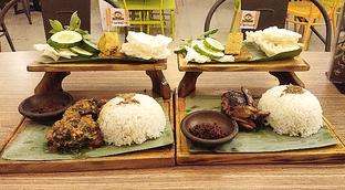 Foto 5 - Makanan di Ayam Baper oleh Devi Renat