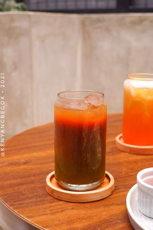 Foto review Upstairs Coffee Signature oleh Vionna & Tommy 9