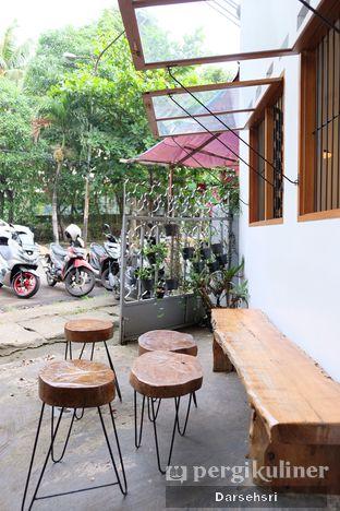 Foto 10 - Eksterior di Seanan Coffee oleh Darsehsri Handayani