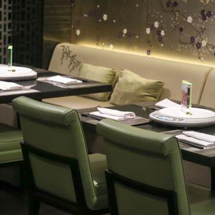 Foto 2 - Interior di Aoki Japanese Cuisine - Hotel Gran Mahakam oleh Boomakan