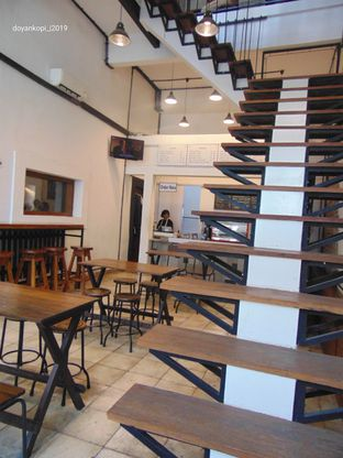 Foto 3 - Interior di Kopi Kota Tua oleh Kuliner Addict Bandung