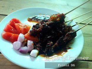 Foto 2 - Makanan di Soto Jakarta Bawah Rel oleh Fransiscus