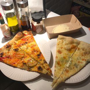 Foto 4 - Makanan di Sliced Pizzeria oleh Pengembara Rasa